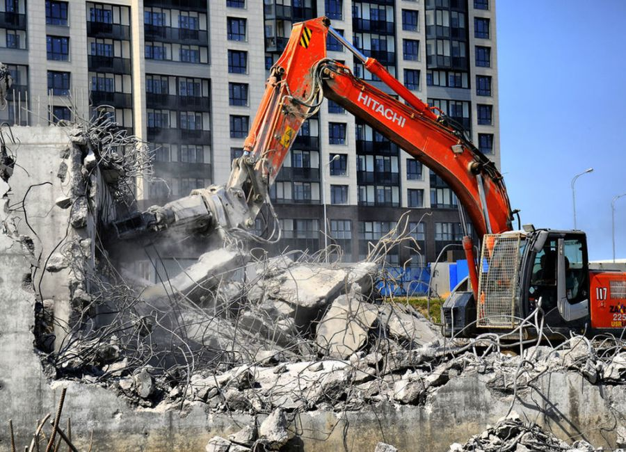 Демонтажные работы и вывоз строительного мусора в СПб и ЛО